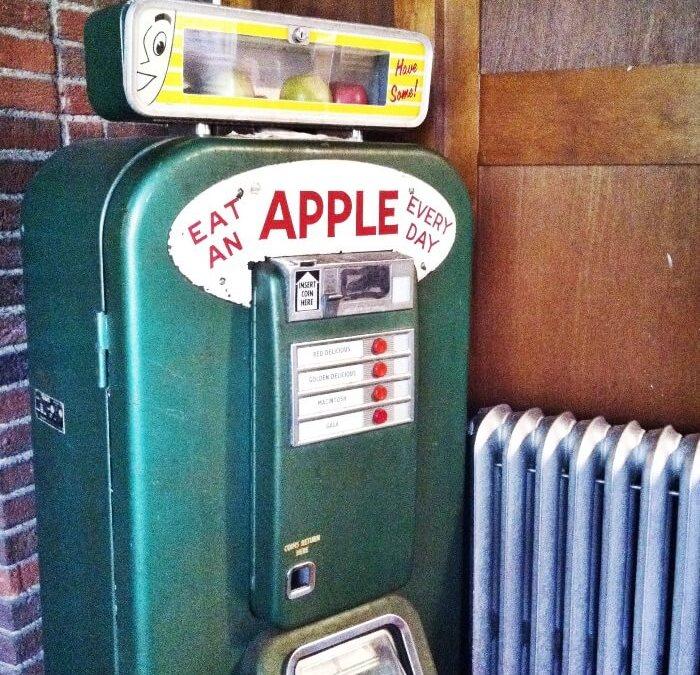 The Amazing Apple Vending Machine!