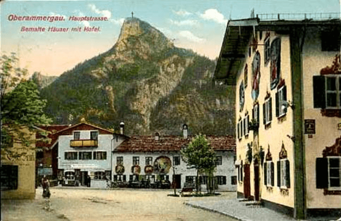 a vintage postcard showing Oberammergau in 1918