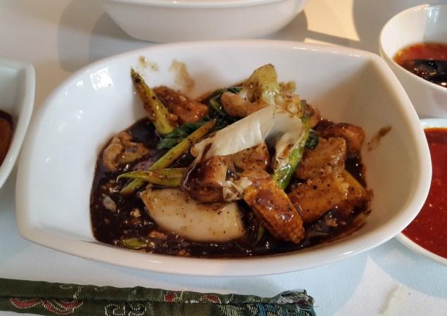 Wok-fried vegetables in black pepper sauce Grand Platter, India Jones, Mumbai