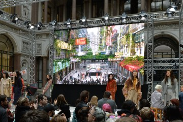 The augmented reality screen at steventai's LFW show