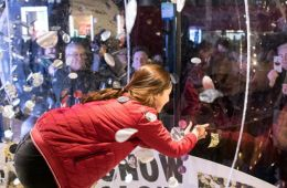 Topshop Snow Globe activation