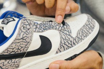 Sneaker Resale Industry