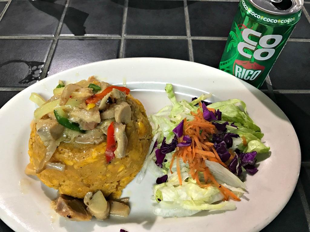 Puerto Rican food. www.thedailyadventuresofme.com