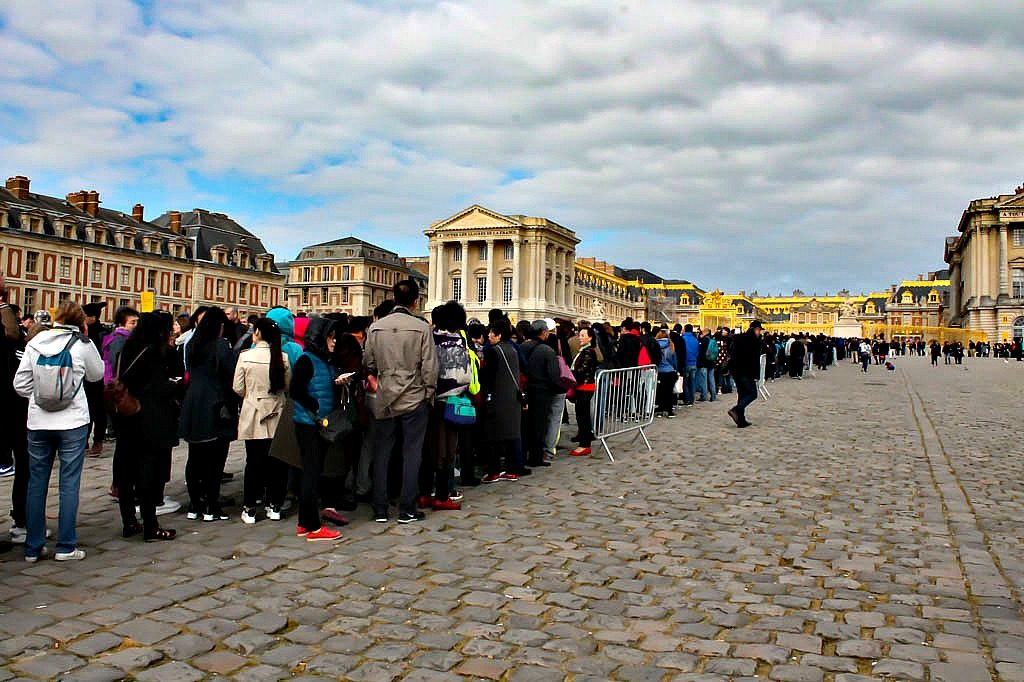 Skip the Line at Versailles France. www.thedailyadventuresofme.com