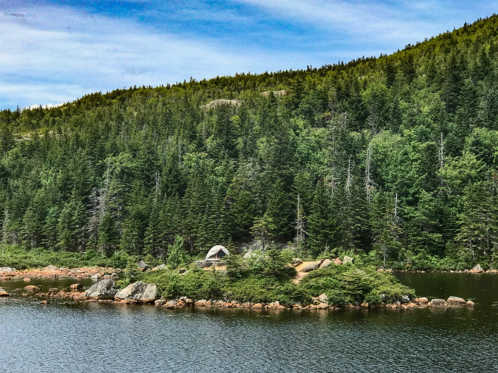 Hiking trails in Maine