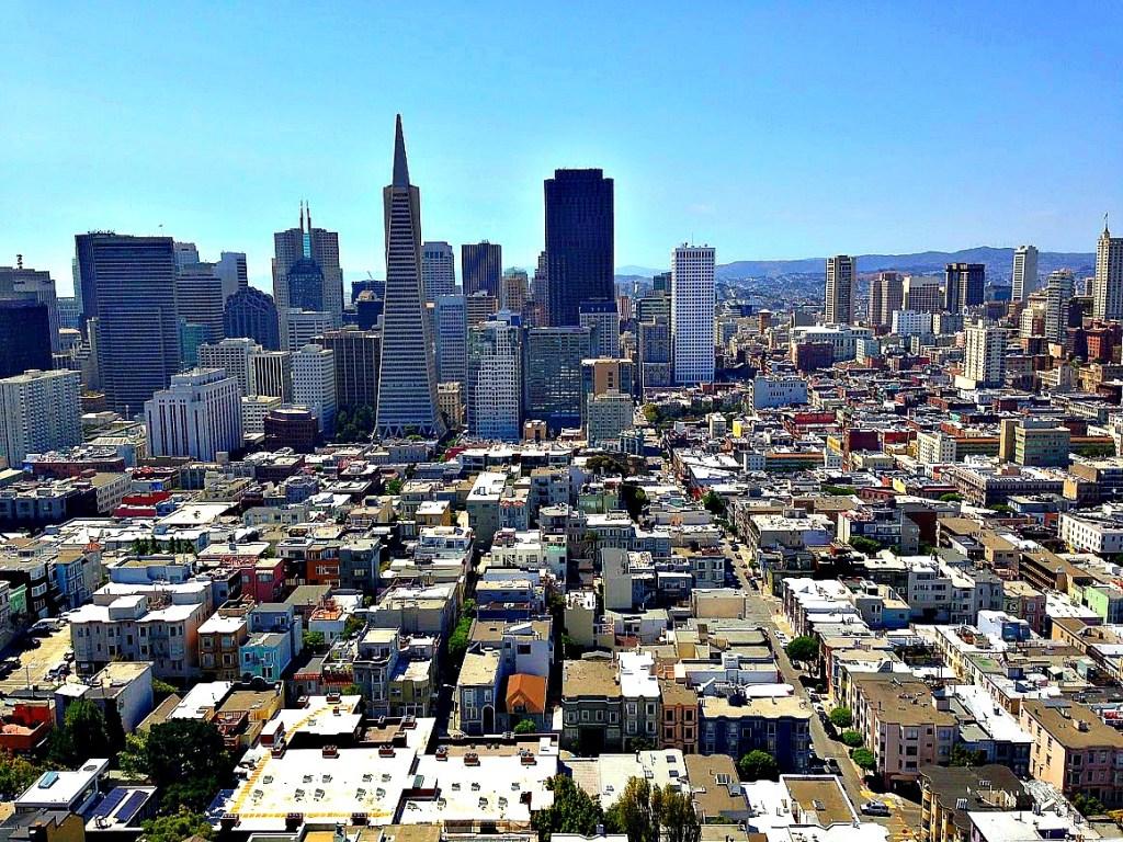 Books to inspire travel to San Francisco, California. thedailyadventuresofme.com