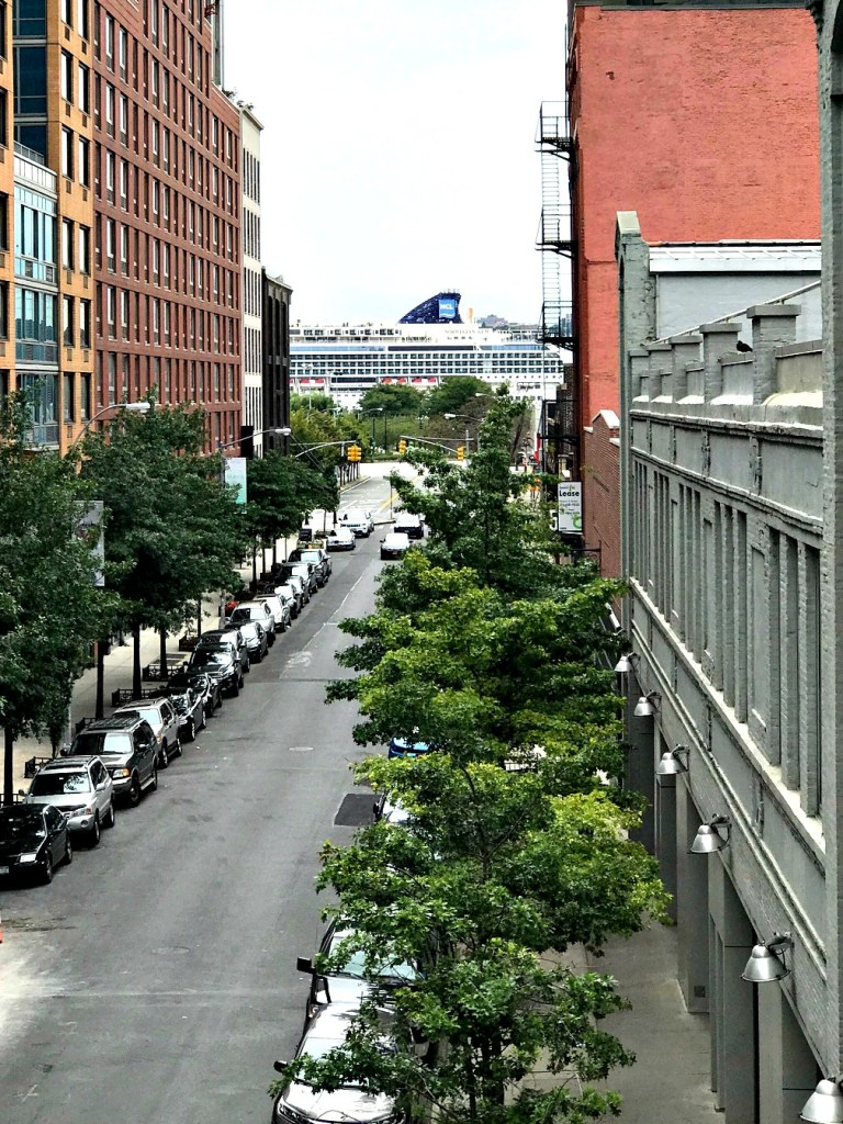 Views from the High Line, NYC. thedailyadventuresofme.com