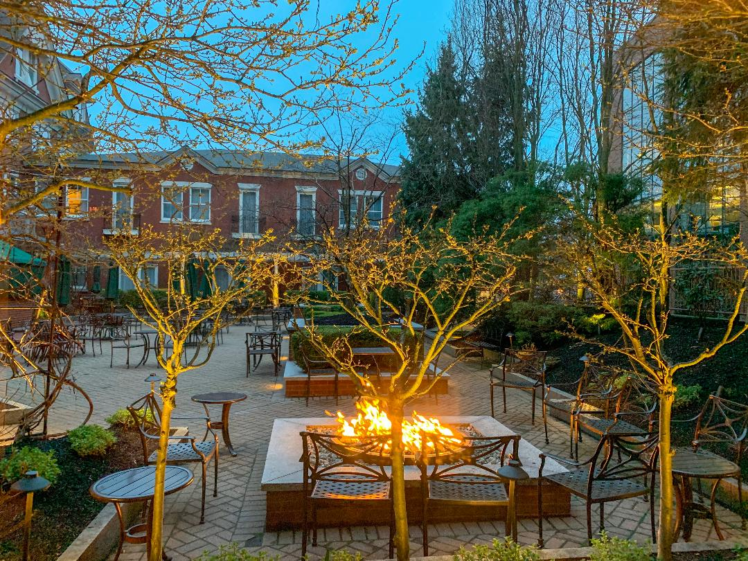 Outdoor dining in Portland Maine