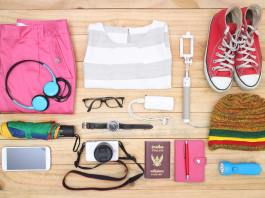 WHAT TO PACK: DOWNSIZING YOUR TRAVEL BAG