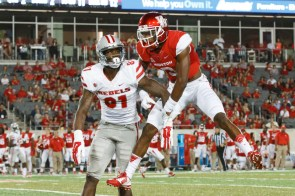 Despite being one of the nation's top receivers, UNLV Rebel Devante Davis (81) was efficiently and effectively shut down by junior corner William Jackson (3), catching only one pass for zero yards. | Justin Tijerina/The Cougar