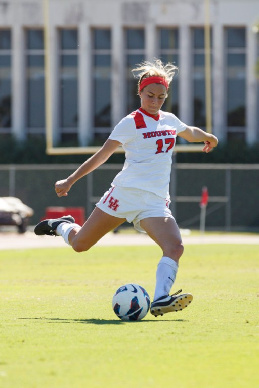 Freshman defender Margo McEntire looks to build off of this season into the next three years, as she played in 15 games. | Justin Tijerina/The Cougar