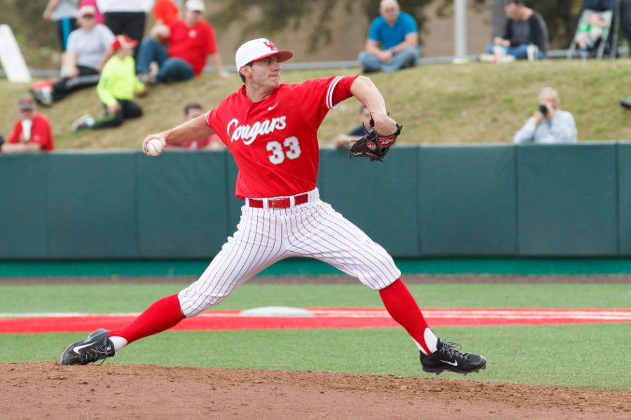 Redshirt junior pitcher Kyle Dowdy played hard on Sunday but was credited the first loss of the Cougars' 2015 season. | Justin Tijerina/The Cougar