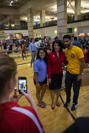 """UH Chancellor and President Renu Khator tweeted that she """"enjoyed meeting students at Cat's Back"""" like supply chain management juniors Jasmine Joseph and Arjun Saravanan on Thursday. 