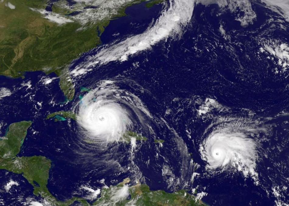 Florida-Prepares-For-Major-Hit-By-Hurricane-Irma.jpeg.CROP.promo-xlarge2.jpeg