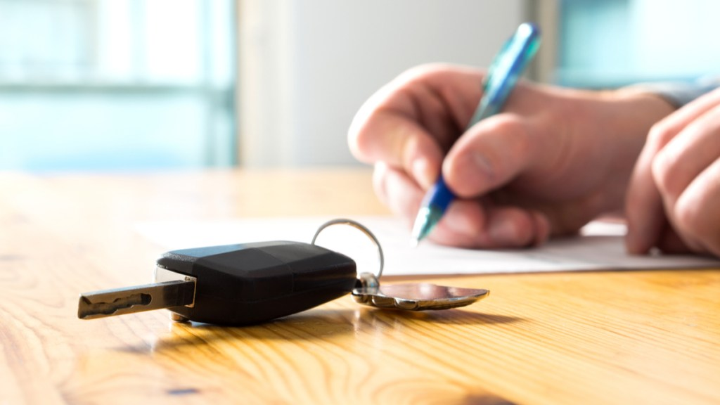 Should You Buy or Lease a Car for Your Business