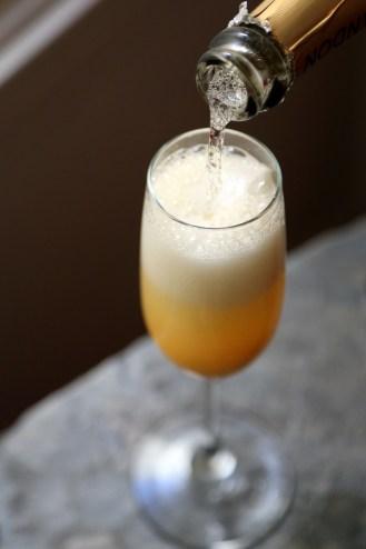 c05bbfce821e36db_mango-grapefruit-mimosa