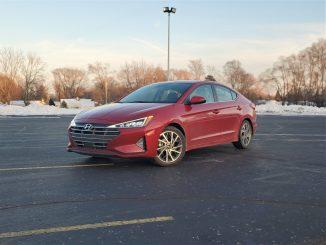 2020 Hyundai Elantra Red Left Front