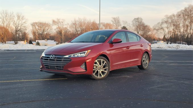 2020 Hyundai Elantra Red Left Front