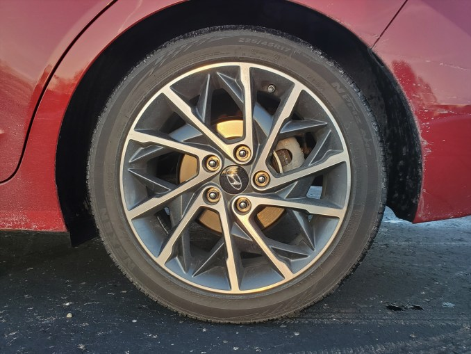 2020 Hyundai Elantra Wheel