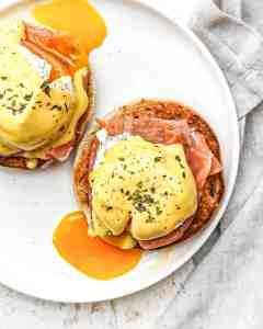œufs pochés bénédicte