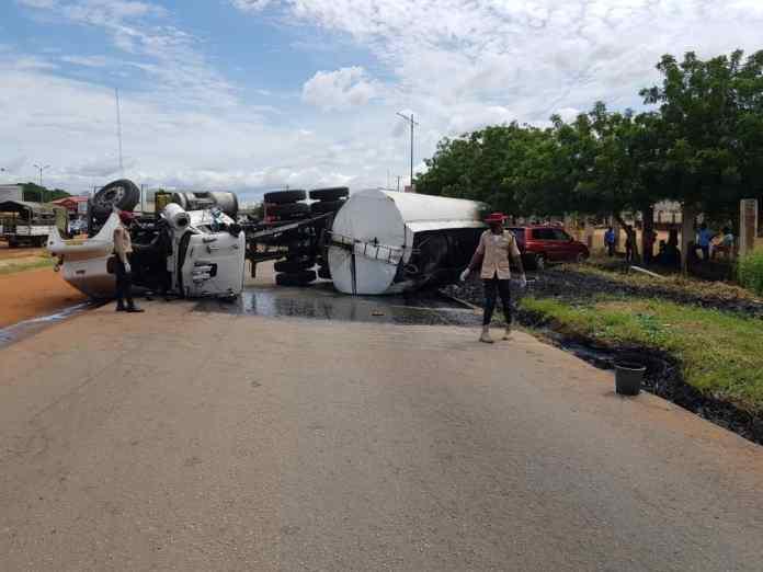 11 escape death, 3 injured in Anambra multiple crash 2