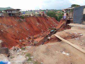 Obi of Onitsha visits Nkisi Gully Erosion site as construction set to commence 1