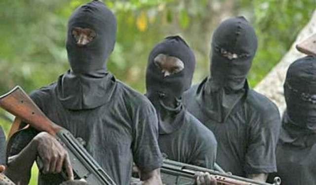 Gunmen Attack Ebonyi Police Station, Kill 3 Officers 3