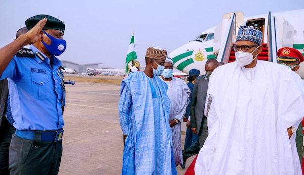 Buhari returns to Abuja after four-day visit to Katsina 3