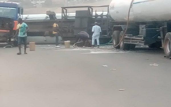 Two kids knocked down as tanker falls in Abuja 3