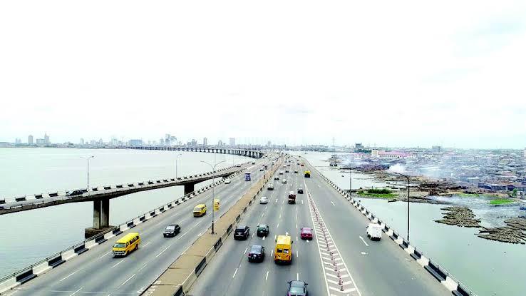 FG reopens Third Mainland Bridge, ahead of schedule 3