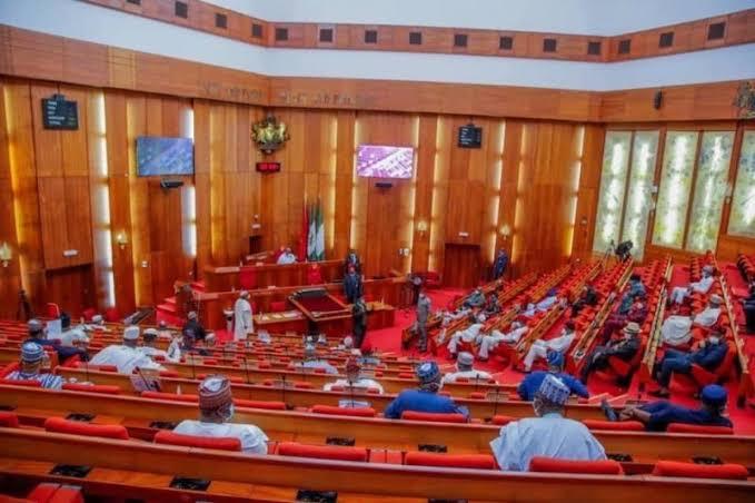 Angry APC senators declare Buhari's government incompetent 3