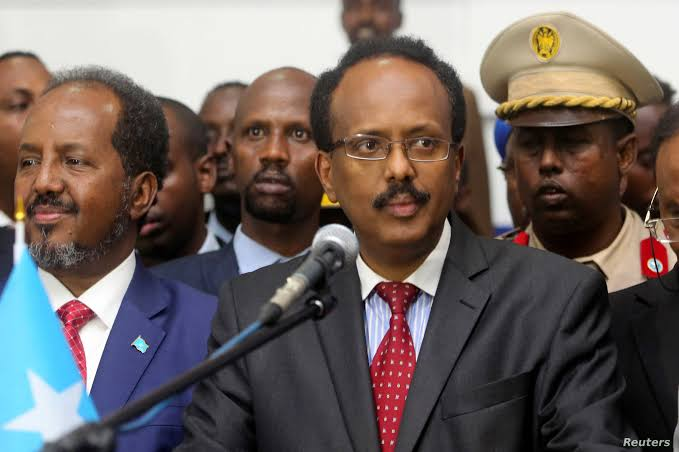 Gunfire, protests erupt over Somalia' President extended stay in power 3
