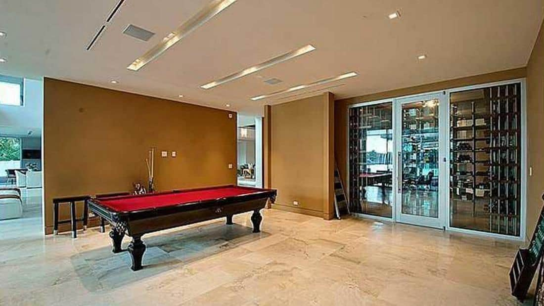 living room suites for sale rooms to go set with tv ndamukong suh sell insane fort lauderdale house $7 ...