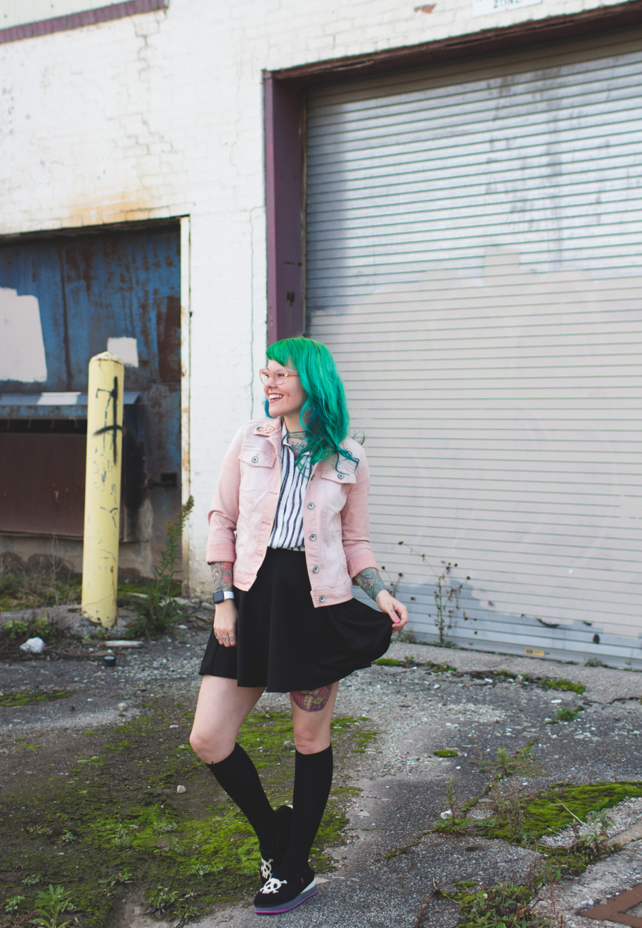 kaylah doolan, ohio fashion blog, green hair
