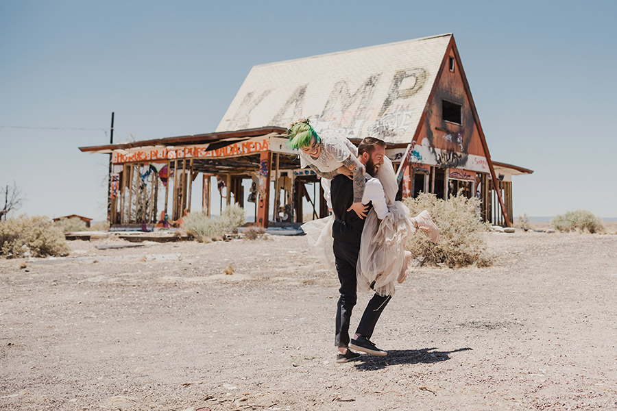 Two Guns Wedding, ghost town wedding