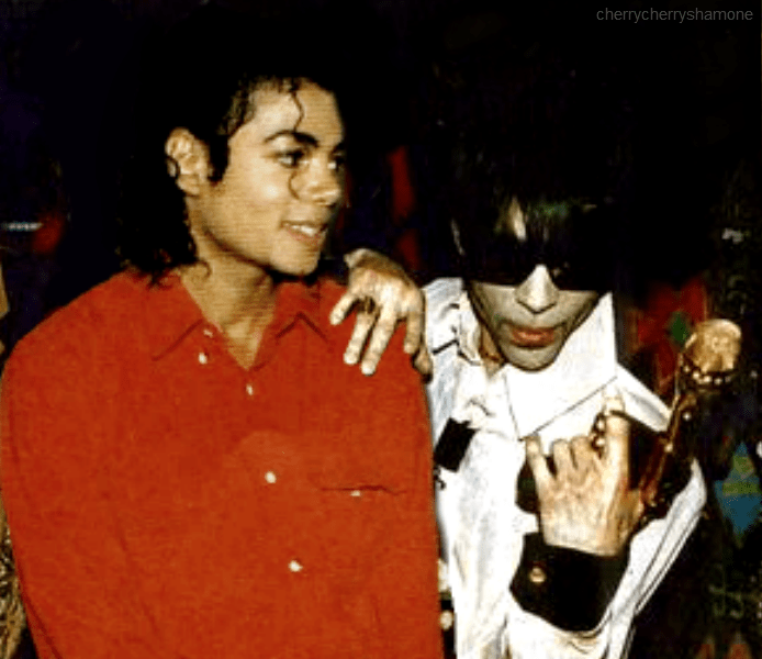 Cari amici fan di Michael ….