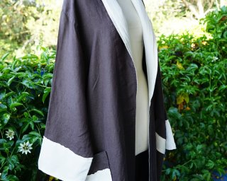 Luxurious linen and cotton bath robe Chocolate Brown daisy Side