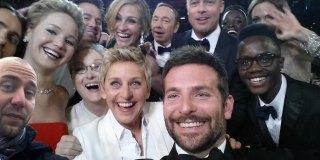 status update – Oscar Selfie