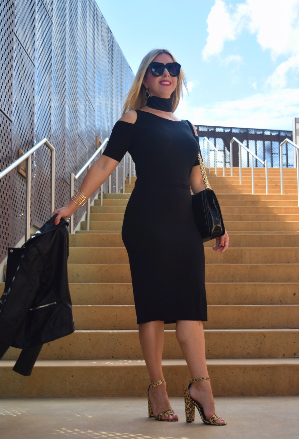 Cold shoulder black dress |