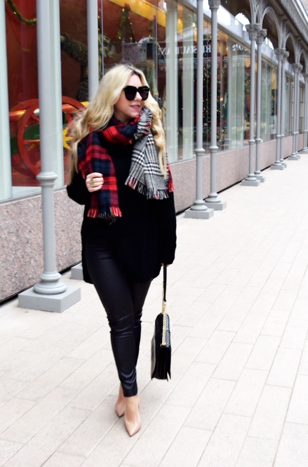 The Darling Petite Diva | Chunky Black Sweater