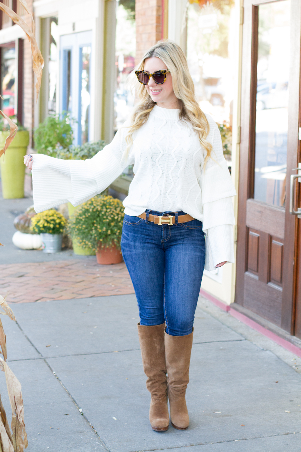 Tiered Sleeve Sweater | The Darling Petite Diva | Fall Look