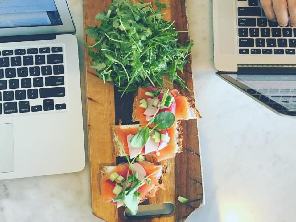 Restaurants with wifi in Los Angeles @thedashanddine