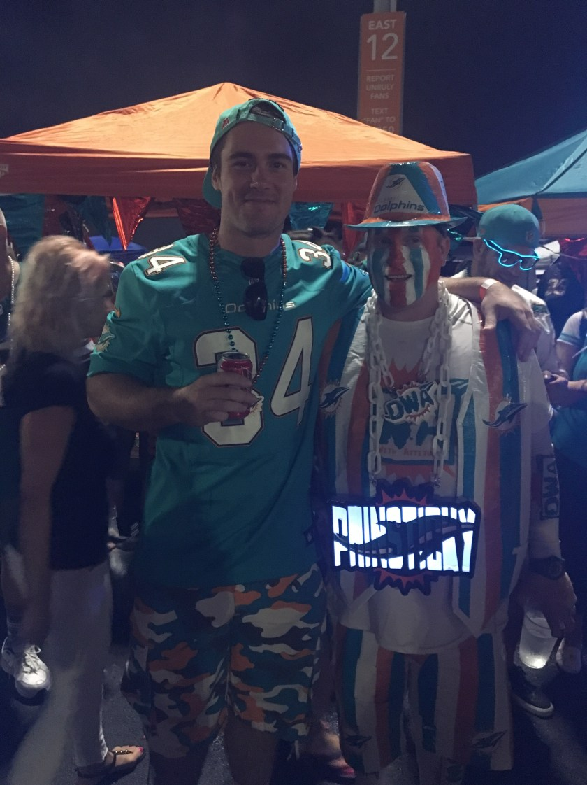 dolphins_tailgate_8