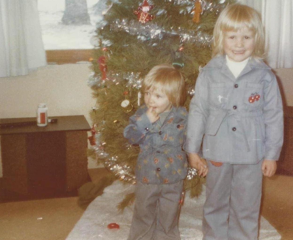 Nici Lucas & Andi Lucas, Sisters and Co-Founders of The Days of Gifts
