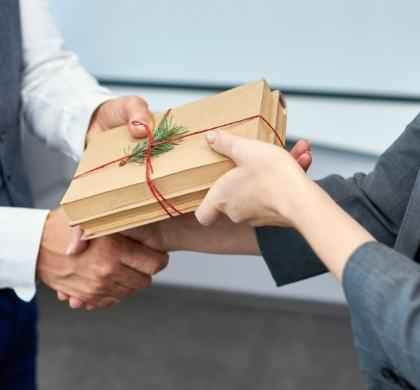 The New Business Gift: Think Outside of December
