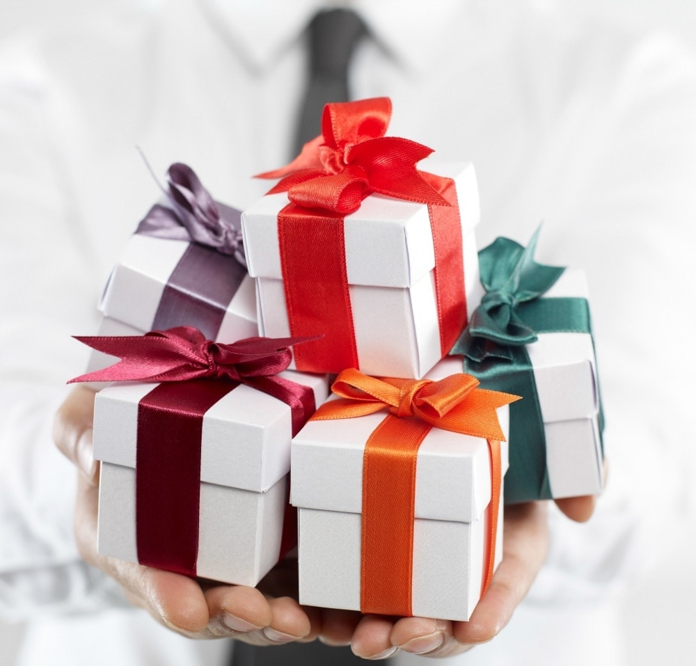 Make Your Business Gifts Stand Out with The Days of Gifts