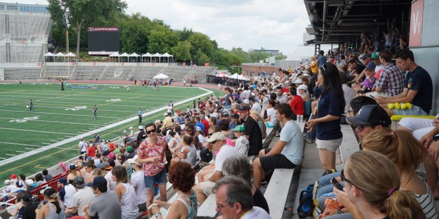 20150705_at_mon_crowd_850x425