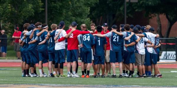 breeze_vs_rush_team_huddle_850x425