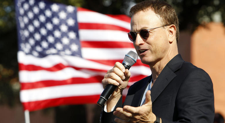 Gary Sinise Breaks Down After Veterans Thank Him in Surprise Video