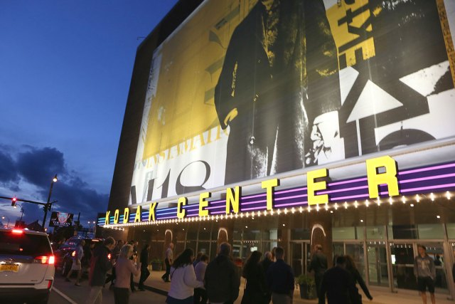 Kodak Center Theater Debuts New Name, Marquee and Digital Sign at Celebration Event